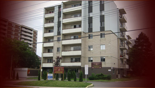Welcome To Your New Home Royal Palace Apartments Understands That Our Residents Expect A Quality Safe And Respectful Living Environment